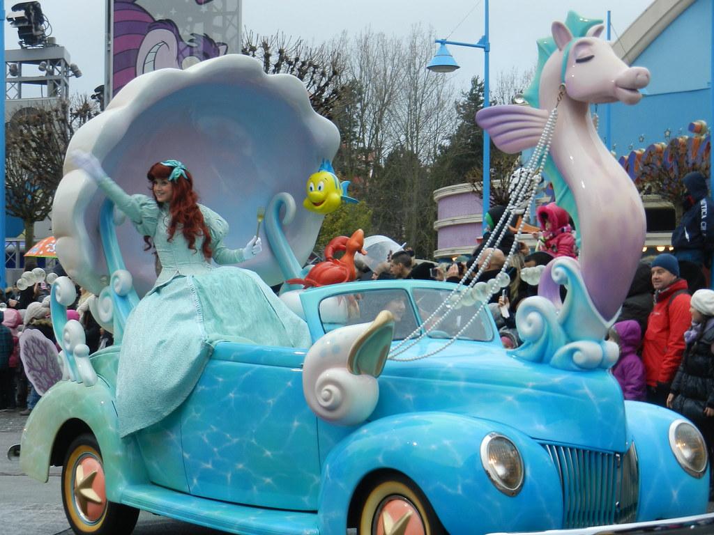 Un séjour pour la Noël à Disneyland et au Royaume d'Arendelle.... - Page 7 13902939213_4a943ea6e2_b