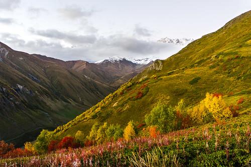 travel mountains colors georgia landscape awesome caucasus folio goldenhour 2012 kavkaz hory krajina cestování barvy svaneti ushguli rachalechkhumiandkvemosvanet rachalechkhumiandkvemosvaneti úžasné zlatahodinka