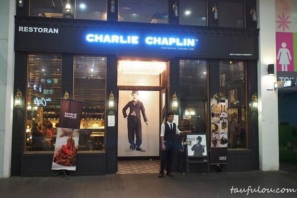 Charlie Chaplin (1)
