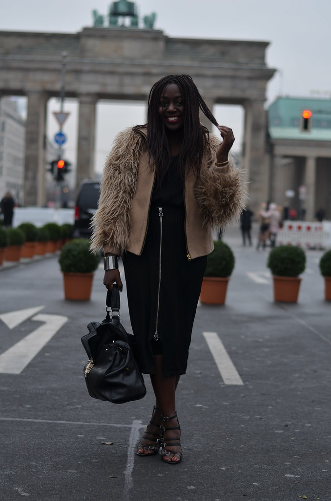 Lois Opoku outfit berlin fashion week lisforlois