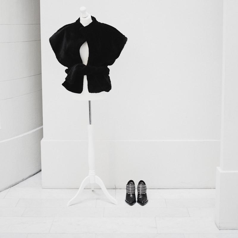 MikkoPuttonen_photodiary_Stockholm_FashionWeek_Onar_ipek_vest_jilsander_shoes
