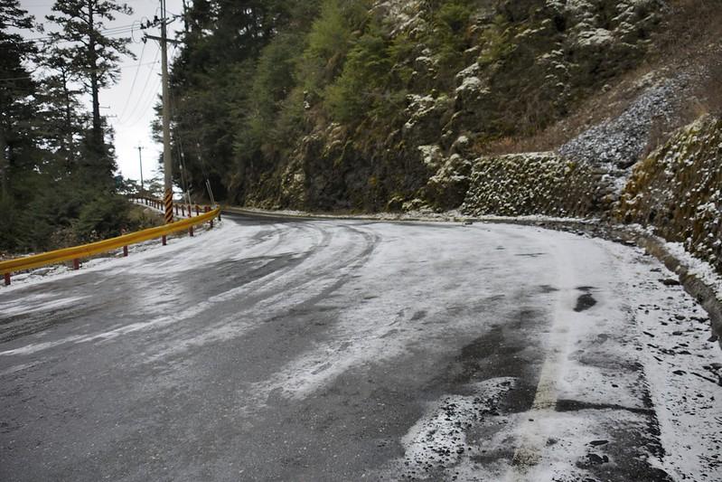 台14甲線飄雪
