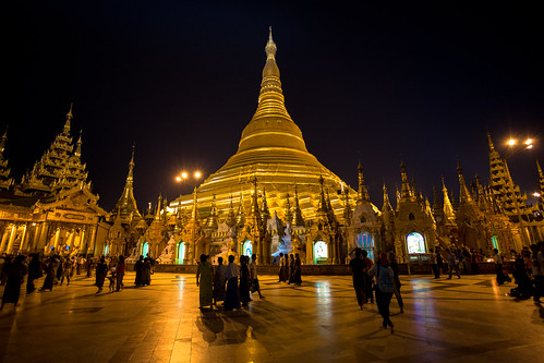 shwedagon-golden-full