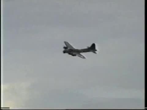 B-17 Sally B Flying Fortress North Weald 1995