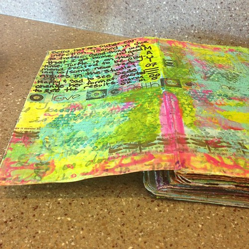 Traffic = pulling over to journal. Played with new colors for this week's spread #artjournal