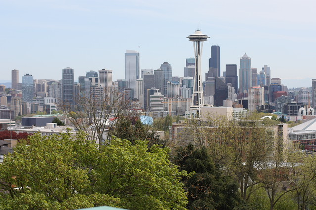 space needle from kerry park