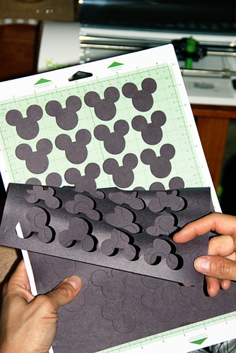 Mickey-Cut-Outs
