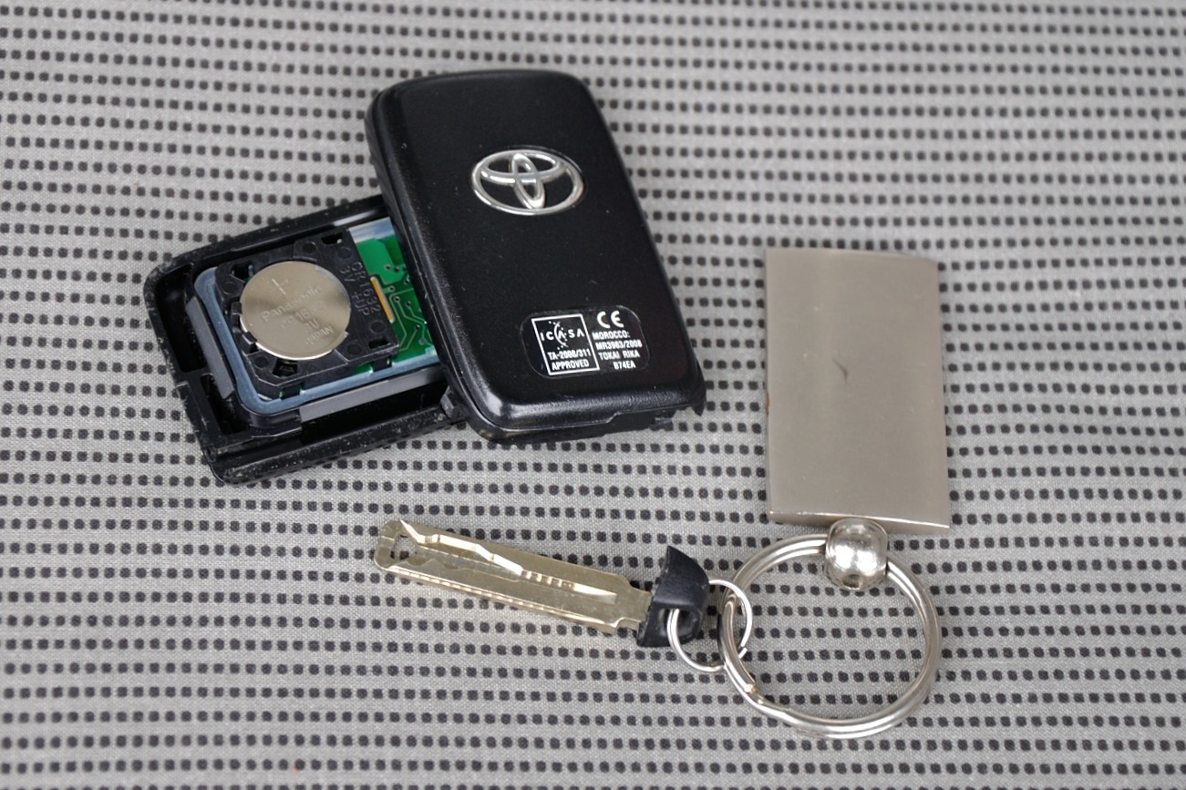 Toyota-Key-4