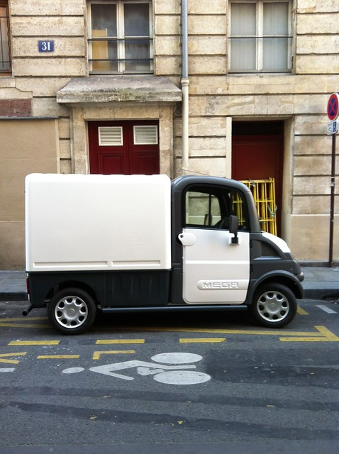paris_tiny_truck