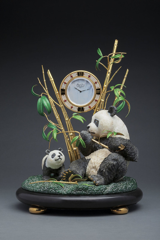 Gerd Dor Chinese Panda Clock 1.jpg