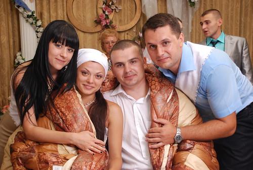 """Concursul Obiceiul """" Dezbrăcatul miresei!!!"""" > Carolina si  Victor Birsa"""