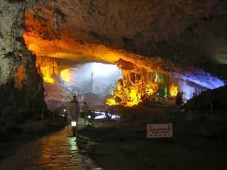 Surprise cave, Halong Bay, Quang Ninh, Vietnam - Vịnh Hạ Long, Quảng Ninh, Việt Nam