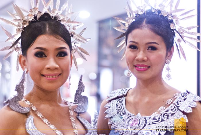Thai Girls at Phuket's Siam Niramit Complex