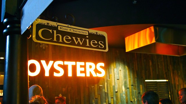 Chewies Steam & Oyster Bar | Coal Harbour, Vancouver