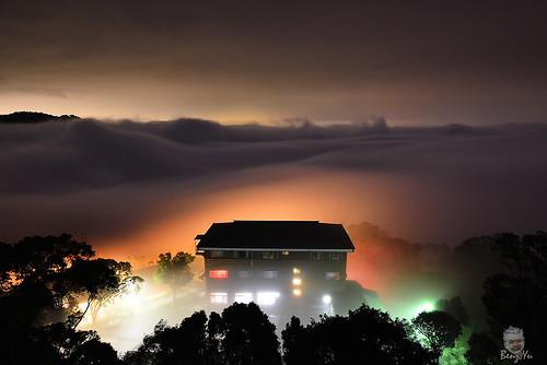 night 雲海 苗栗大湖 雲洞 琉璃光