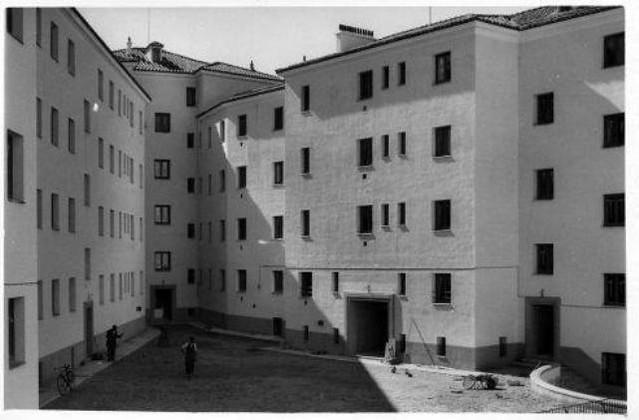 Bloques de la Avenida de la Reconquista. Años 50. (c) AHP, JCCM
