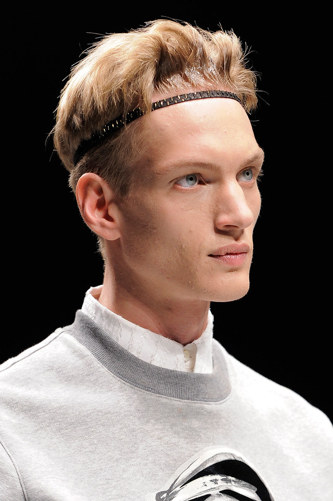 Paul Boche3551_2_FW14 Milan Roberto Cavalli(fashionising.com)