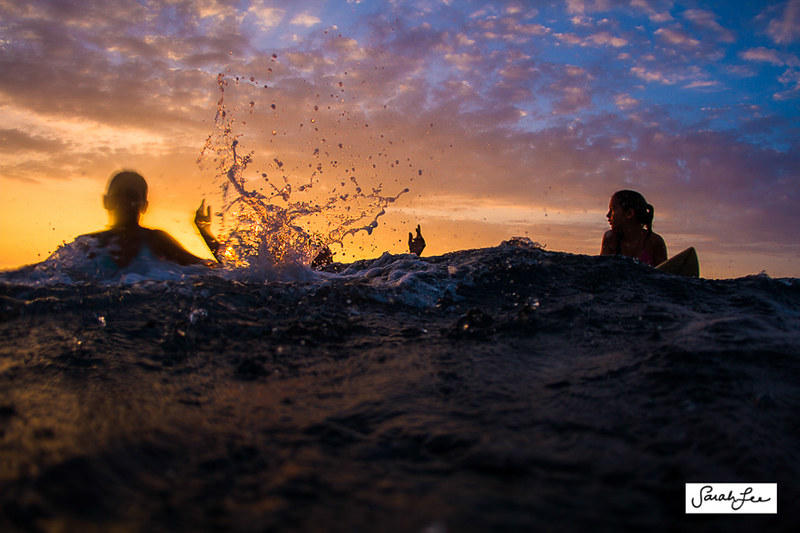 sarahleephoto_sunset_girls_underwater_0575.jpg