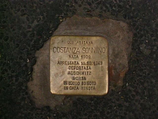 Via del Portico d'Ottavia 13