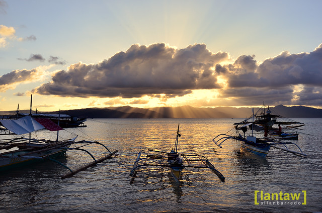 Cagbalete: Crepuscular Rays