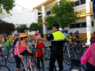 AionSur: Noticias de Sevilla, sus Comarcas y Andalucía 13890728608_c38c5a9b12_n_d Educación Vial para el alumnado del colegio El Ruedo, con paseo práctico incluido Educación Clases de Educación Vial
