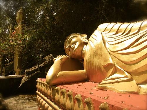 Buda recostado en Phu Si