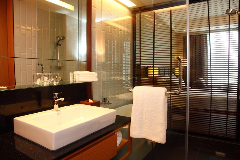 WEIL-Hotel-Bathroom