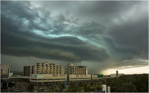 cloud storm green hail canon hospital perth lightning murdoch westernaustralia perthstorm fionastanley 5d3