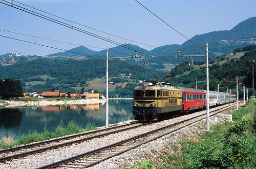 astation abreg asevnica alland alslowenien ao4wgewässer ao4wsava bsislowenischebaureihe bsi342 cordnungsnummer c004 eevubzwfahrzeughalter esž ffarbgebung fbeige jaufnahmedatuminjjjjmmtt j20060727 nnummerartdeszuges nec157 orehovo sevnica slowenien si zug züge bahn eisenbahn lok railway railroad train fullhd locomotive slovenia