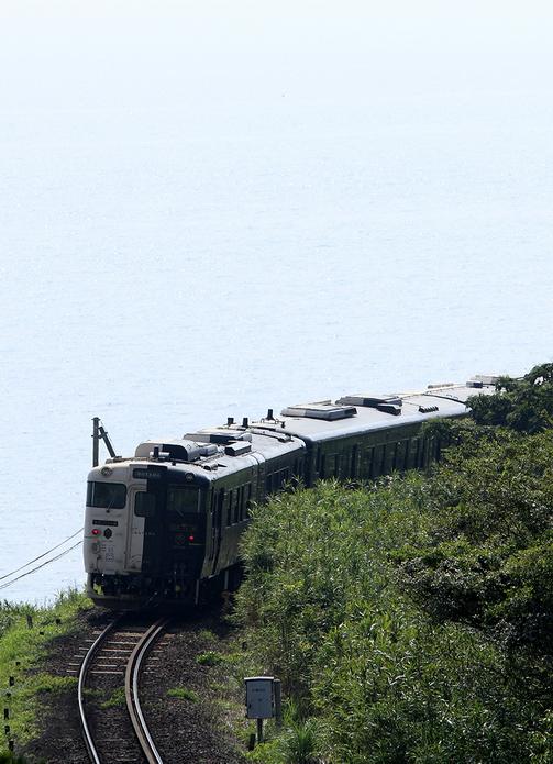 能夠欣賞海景山色的九州鐵道(指宿枕崎線)