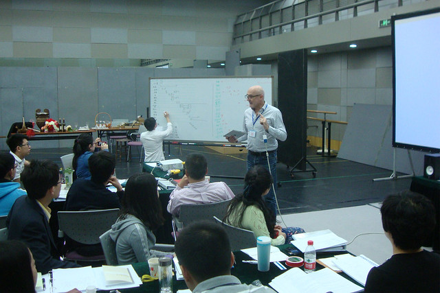 Chinese delegates recieving training in stage production and management © ROH 2013