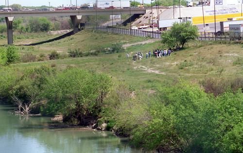 city trip signs building rio architecture river mexico grande border tourist billboard 1993 business seeing sight laredo 1990s nuevo 90s