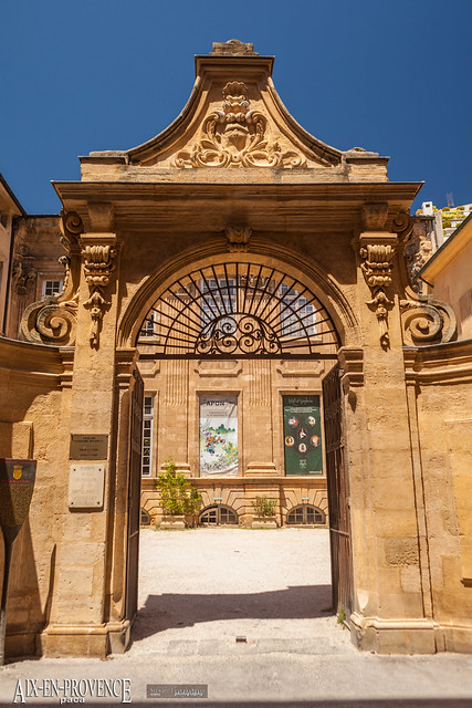 Museum d 39 histoire naturelle aix en provence rue espariat for Cote commerce aix en provence