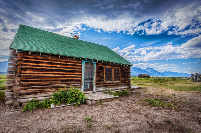 Green Roof Cabin at Mormon Row