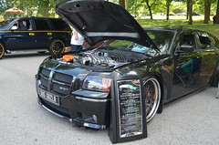 chrysler 300(0.0), sedan(0.0), automobile(1.0), automotive exterior(1.0), wheel(1.0), vehicle(1.0), automotive design(1.0), dodge magnum(1.0), bumper(1.0), land vehicle(1.0), luxury vehicle(1.0), motor vehicle(1.0),