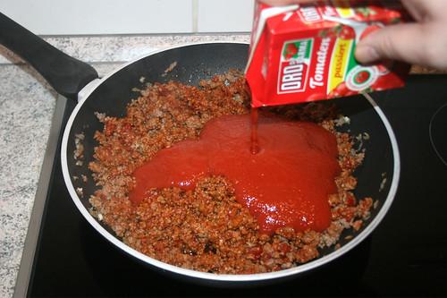 21 - Mit Tomaten ablöschen / Deglate with tomatoes