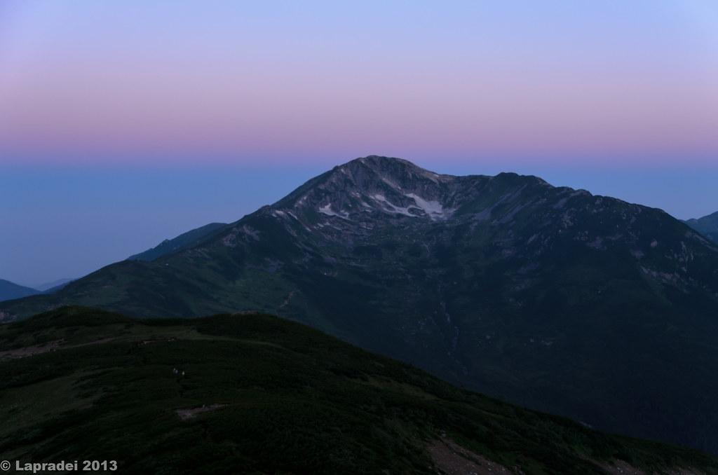 黎明の黒部五郎岳