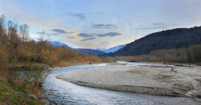 Autumn at the Vedder River