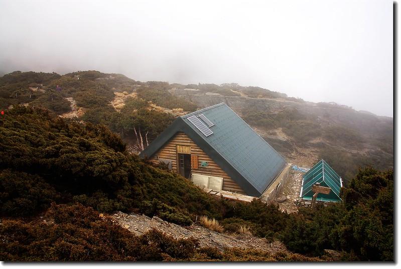 圓峰山屋 2