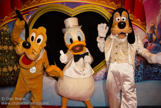 Disney's Hotel New York New Year's Eve Character Dinner