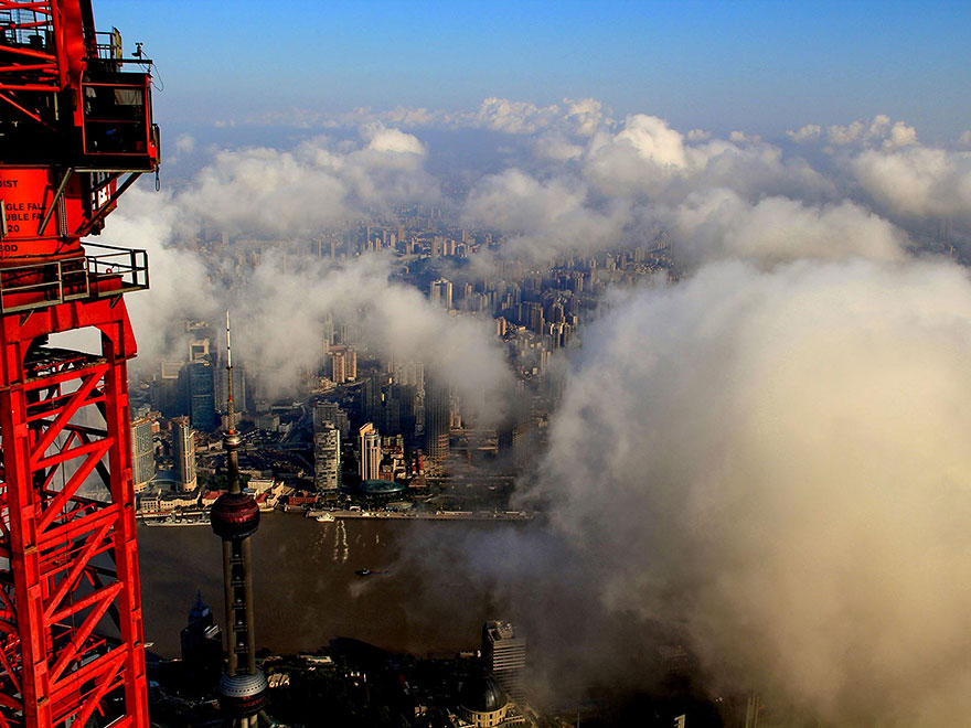 crane-operator-aerial-shanghai-photos-wei-gensheng-10