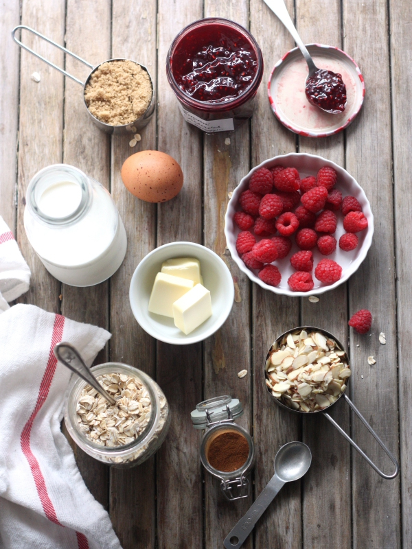 Raspberry Almond Baked Oatmeal // completelydelicious.com