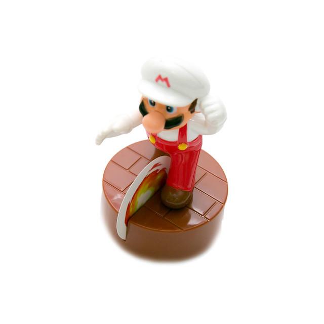 超誠意麥當勞新玩具 – 馬力歐系列 (1) (2) 方塊瑪莉、火焰瑪麗 @3C 達人廖阿輝