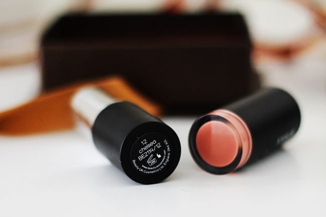 Review Beauty UK Lipstick Brown Sugar & Chelsea