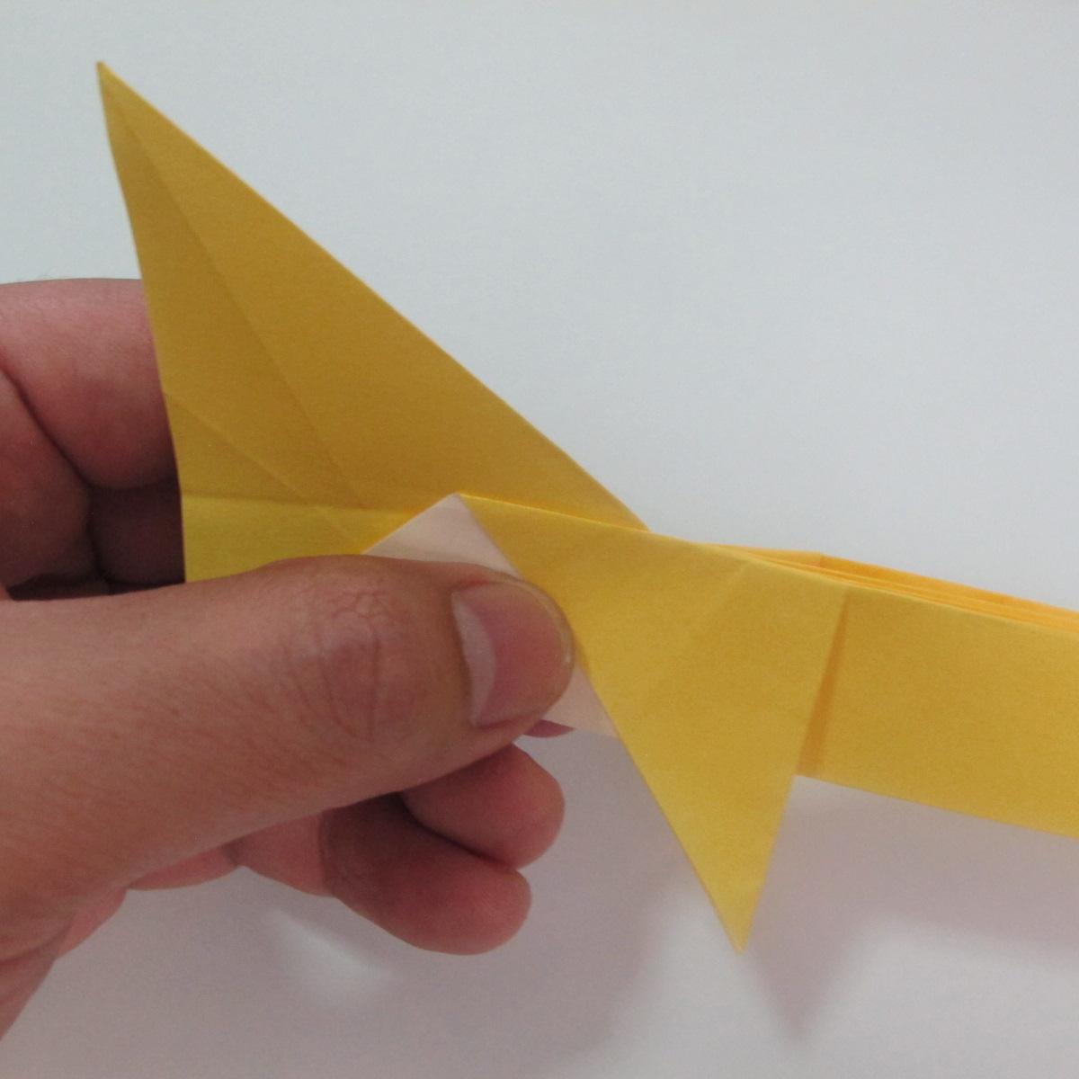 สอนวิธีพับกระดาษเป็นรูปลูกสุนัขยืนสองขา แบบของพอล ฟราสโก้ (Down Boy Dog Origami) 063
