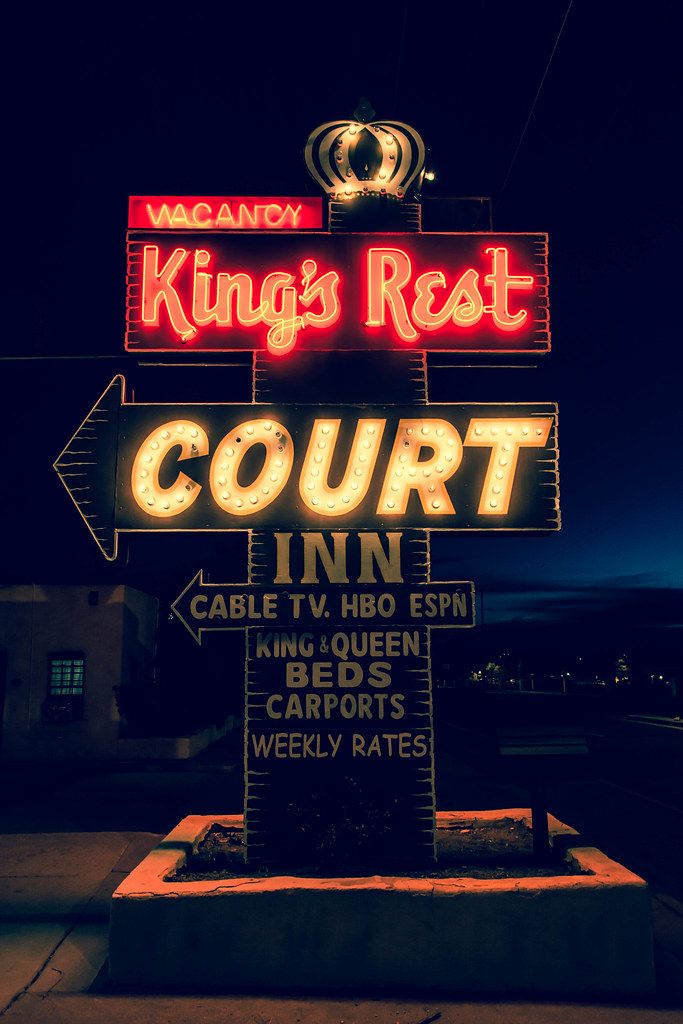 King's Rest Court Inn - 1452 Cerrillos Road, Santa Fe, New Mexico U.S.A. - April 14, 2014