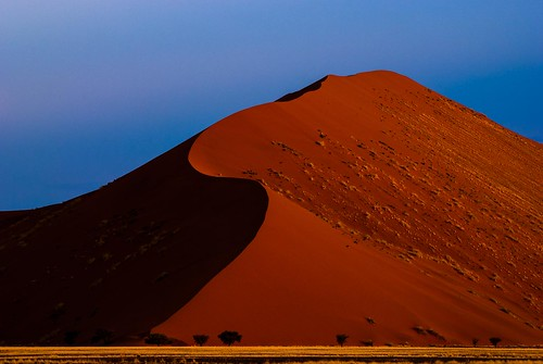 africa sunset red color colour colors lines composition landscape colorful colours desert african dunes dune line national afrika namibia kuba reddish namibian namib afryka namibnaukluft abramowicz lpbend