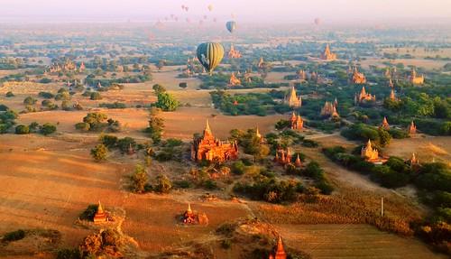 panorama sunrise landscape temple pagoda ruins burma balloon hotairballoon myanmar bagan