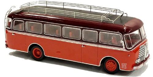 Norev Panhard K173 bus