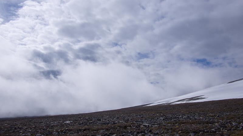 Die Wolken kommen näher